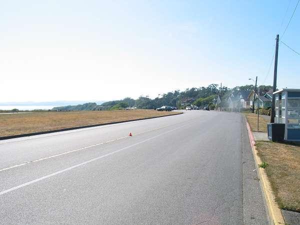 Royal Victoria Marathon Landmarks - 1999 Course - 37 km - Approaching Beacon Hill Park