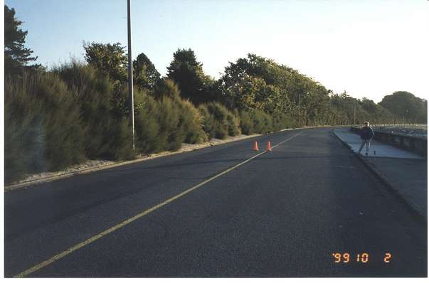 Royal Victoria Marathon Landmarks - 1999 Course - 36 km - Dallas Rd. at Ross Bay