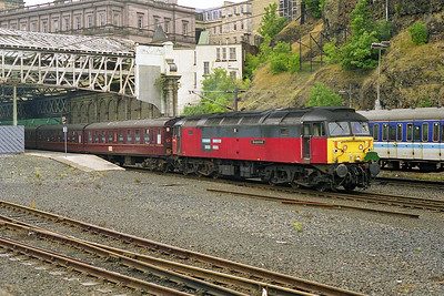 47776 'Respected' heads for Craigentinny with the empty stock off 1Z42 0641 Stoke - Edinburgh Green Express charter (14/08/1999)