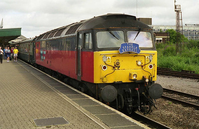 47762 at Bristol Temple Meads with 1Z90 0620 Peterborough-Exeter Railtourer/Sparkle Express charter. The loco was failed here with an oil leak... (03/07/1999)