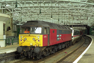 Another view of 47762 prior to departing Glasgow Central with 1M34. At the time this was one of the few remaining ex-RES '47/7s' that I'd not cleared for a thousand miles, so I was feeling rather pleased that my speculative driver up from Leeds had paid off (15/08/1999)