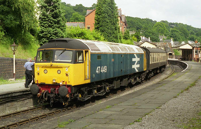 47449 awaits departure from Llangollen with the 1330 to Carrog during the railway's summer Diesel Weekend (04/07/1999)