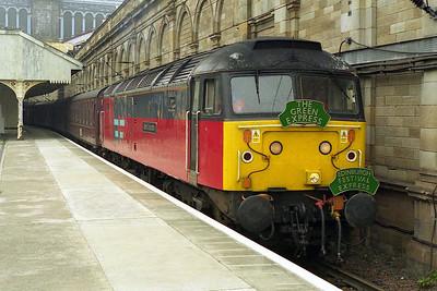 Later that afternoon 47767 'Saint Columba' waits to depart from Edinburgh Waverley with the 1Z38 1716 return leg to Stalybridge (31/07/1999)