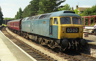 47105 pauses at Winchcombe en route back to Toddington with an afternoon train from Gotherington (11/07/1999)