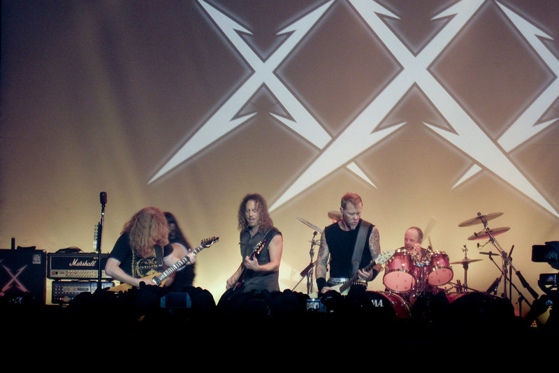 Dave Mustaine helping to celebrate 30 years of Metallica.