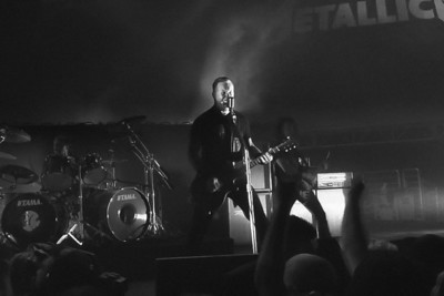 James Hetfield sings Cyanide Metallica, Live at Hangar 8, Santa Monica Airport, CA. 4 November, 2010