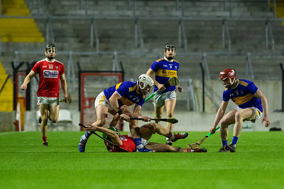 Cork's Mark Coleman and Alan Cadogan in action against Tipperary's Sean O'Brien Alan Flynn and Jerome Cahill