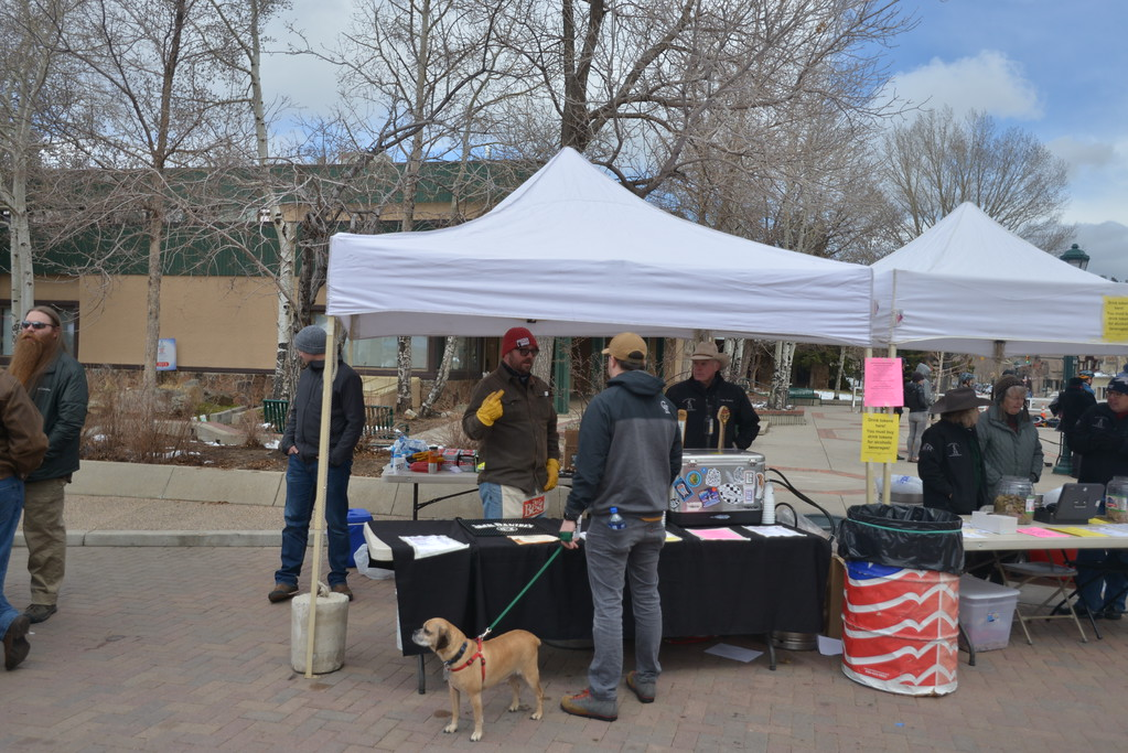 . All local wine & spirits producers were served at the event - Snowy Peaks Winery, Lumpy Ridge Brewery, Estes Park Brewery, Rockcut Brewery, & Elkins Distillery.