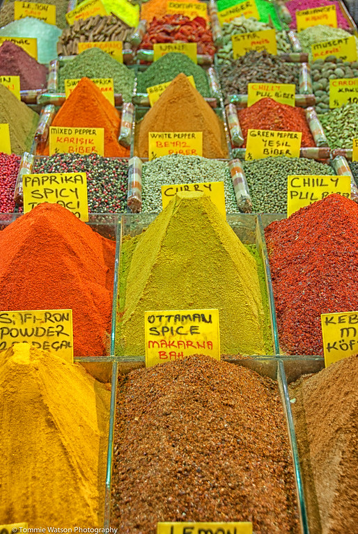 A Mound of Color  |  2011<br /> <br /> Spice Bazaar  |  Istanbul, Turkey