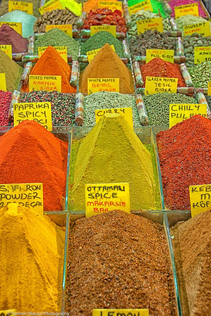 A Mound of Color  |  2011  Spice Bazaar  |  Istanbul, Turkey