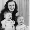 1950-12 Deloris w Debbi & Roni at Christmas (B&W 600DPI) 8x10