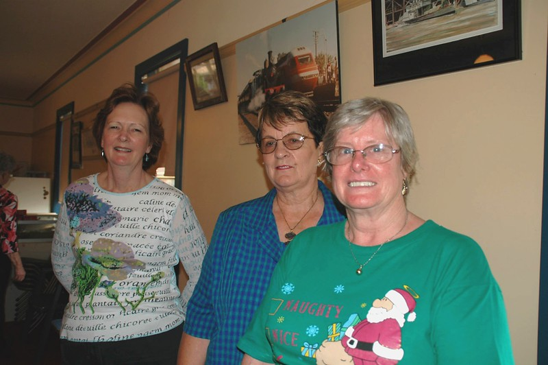 Beryl Thompson, Bev Haberecht and Lois Cabot