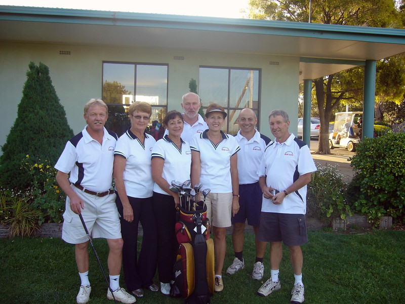 L to R: Allan hull, Judy Meachem, Louise Fox, Geoff King, Gayle Hull, Greg Cross and Chris Fox. (Absent: Trish Brunskill)