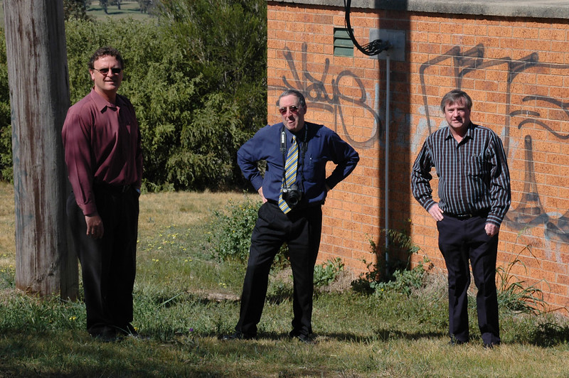Leon Patterson, Manager of Engineering at Gundagai Shire Council, David Font and Chris Jacobson