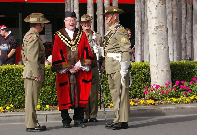 Mayor Pascoe appears to be telling a joke!