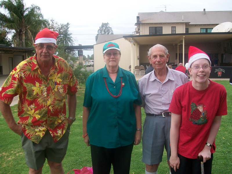 [L to R] Fred, Julie, Arnold and Katherine Velthuis