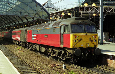 47741 is pictured again on arrival at Newcastle with 1E25. The loco had recently been transferred into Virgin's 'ILRA' pool to replace the troublesome 47766 (07/05/2000)