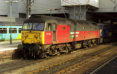 47726 'Progress' at Leeds with 1A10 1040 to Kings Cross. The service was booked for a '47' as far as Doncaster over the non-electrified route via Askern (05/03/2000)