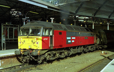47747 'Res Publica' departs Newcastle with the empty stock after working 1E26 0909 ex-Birmingham. The loco was one of three which had recently been transferred into Virgin's 'ILRA' pool on long-term hire from EWS (12/03/2000)