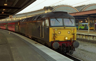 Fragonset's 47712 enjoys the late evening sunshine at York as it awaits departure time with 1M59 SuO 2021 to Birmingham New Street (09/04/2000)