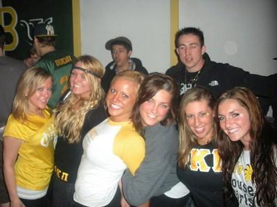 Lauren Kline, Megan Darlington, Brooke Adams, Rachel Greenberg, Kristen Felicione, Christina Piccirillo Spring 07's last Clio crossing!