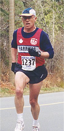 2001 Alberni 10K - Bill Scriven - hey, straighten your hat!