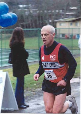 2001 Mill Bay 10K - Bill Scriven