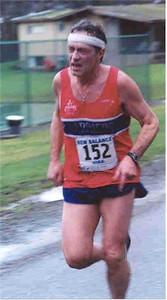 2001 Mill Bay 10K - Noon-hour runner John Bones