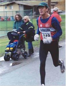 2001 Mill Bay 10K - Les MacNeill