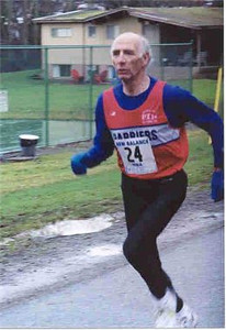 2001 Mill Bay 10K - Maurice Tarrant