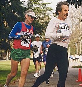 2001 UVic 5K - That shirt is so bright Rob Grant has to wear shades