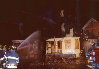 Newark (1) 4-29-01 - 2001
