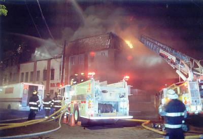 Newark 2 - 4-29-01 - p-4