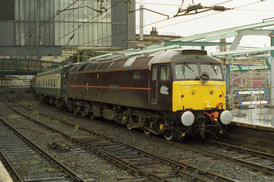 By the time 1Z38 had reached its destination by means of the ECML and Tyne Valley the weather had deteriorated somewhat: 47799 is pictured again on arrival at Carlisle (14/07/2001)