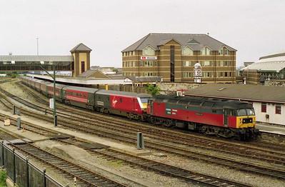 Having run round, 47739 waits to depart Holyhead with 1A62 1612 to London Euston (08/07/2001)