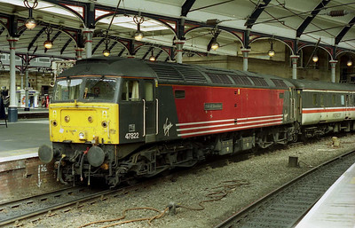 47822 'Pride of Shrewsbury' waits to depart from Newcastle with the SuO 1V68 1427 to Bristol Temple Meads (01/07/2001)