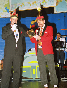 Schlagerfestival: President Robbert van Veen met Willem Delgeijer