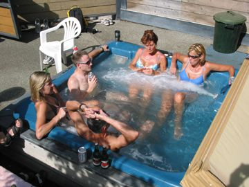 2002 Corn Roast - Tub scene 2