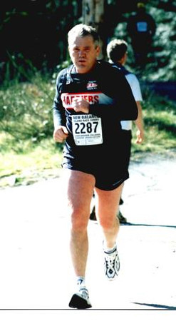 2002 Hatley Castle 8K - RJ, Randy Jones - both Joneses are running the whole series in 2002