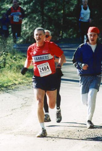 2002 Hatley Castle 8K - Dr. A heads for home