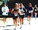 2002 Hatley Castle 8K - Steven Shelford just ahead of Herb Phillips