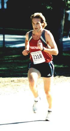 2002 Hatley Castle 8K - Race winner Steve Osaduik