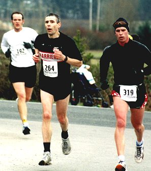 2002 Pioneer 8K - Bob Flindell gets good air as he starts to kick