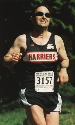 2002 Sooke River 10K - Chris Kelsall hams it up yet again
