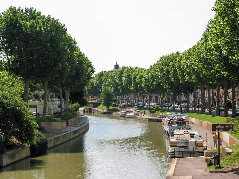 Canale de la Robine, a graceful curve