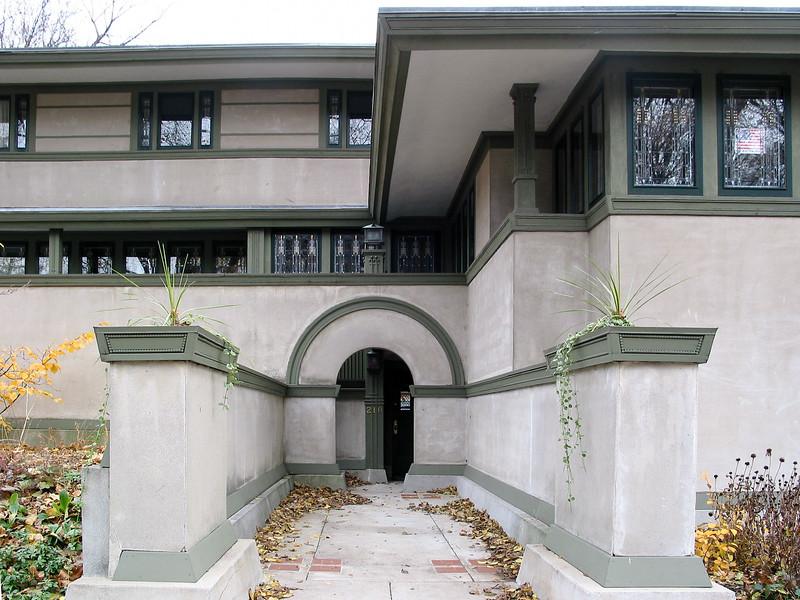 Frank W. Thomas house, entrance