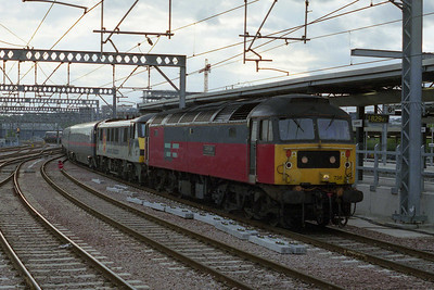 47736 'Cambridge T&RSD' arrives at Leeds with 1D41 1530 ex-London Kings Cross, which it had dragged from Retford (04/05/2002)