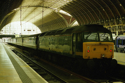 A last look at the once-mighty 'Thor' on arrival at Paddington with 1A45 0820 from Penzance. Just over a week later the loco had been taken out of traffic for conversion to a '57' (24/05/2002)