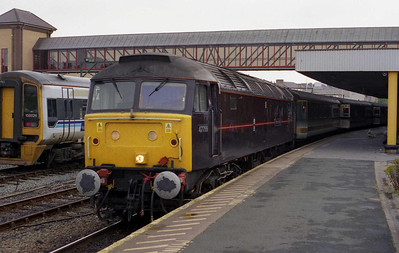 A week later it was the turn of the ordinary folk like myself to sample one of the 'royal' locos as 47799 waits at Holyhead with 1G11 1402 to Birmingham New Street (05/09/2002)