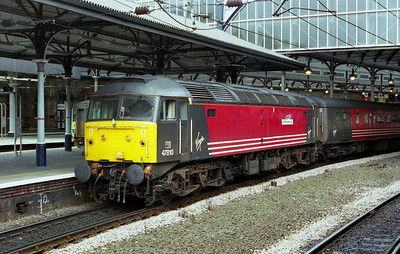 We were certainly kept in suspense awaiting a train manager from Edinburgh: would he sign loco-hauled stock? Had the 'clever men' done their jobs properly? We needn't have worried... In the event this wasn't the last southbound loco-hauled VXC departure from Newcastle (that honour befell '1V66' the following Friday) but that was certainly the intention (04/08/2002)